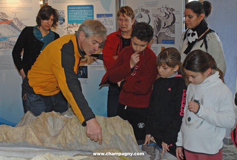 Atelier glaciers à l'Espace Glacialis