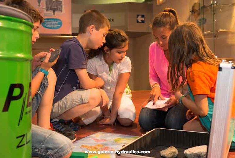 Atelier enfants à la Galerie Hydraulica