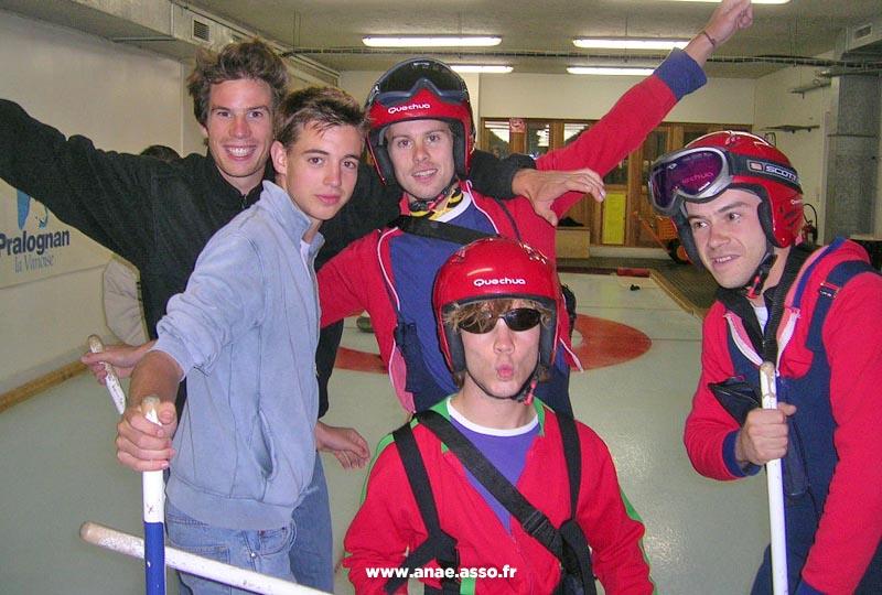 Activité curling lors d'une colonie de vacances à Pralognan