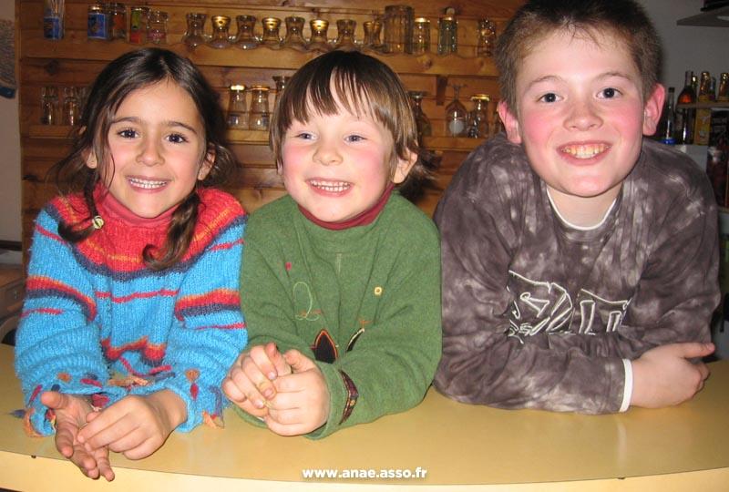Des enfants heureux d'être en vacances au chalet de Pralognan !