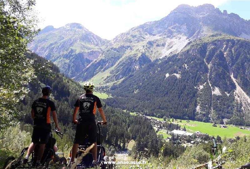 Randonnée adaptée en montagne en Cimgo