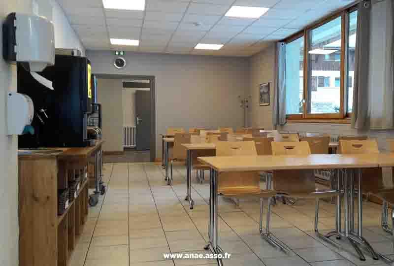 Réfectoire du centre de séjour Anaé à Pralognan-la-Vanoise