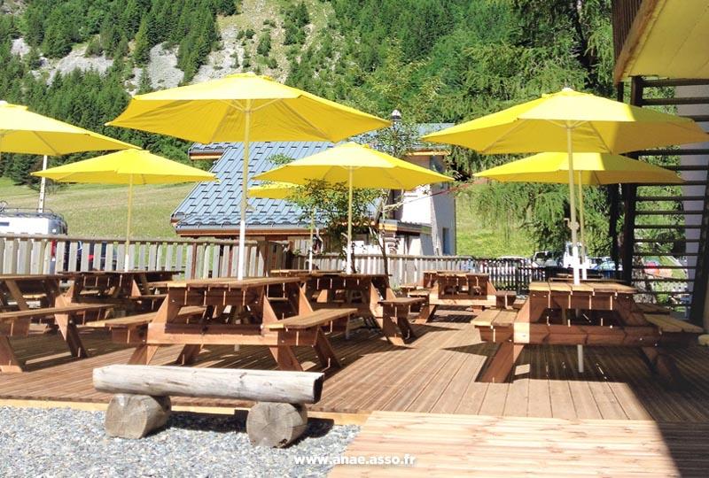 Terrasse du centre de vacances Anaé à Pralognan-la-Vanoise