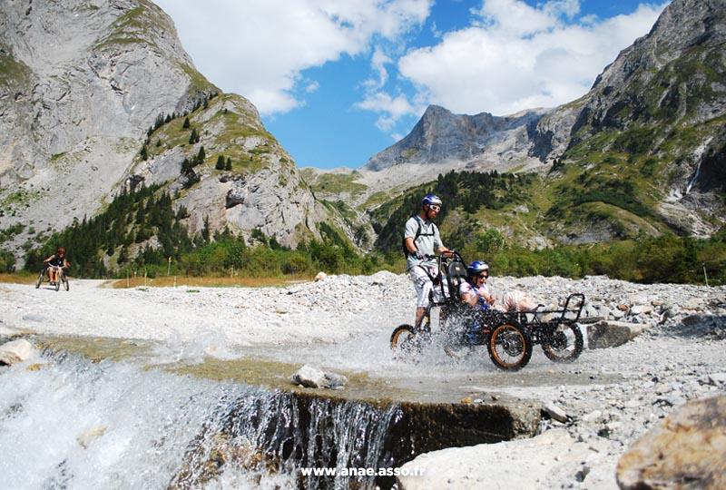 Randonnée adaptée en Cimgo à la montagne
