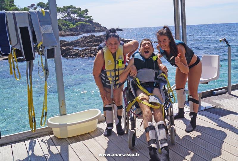 sejour-adapte-handicap-activite-encadree-mer