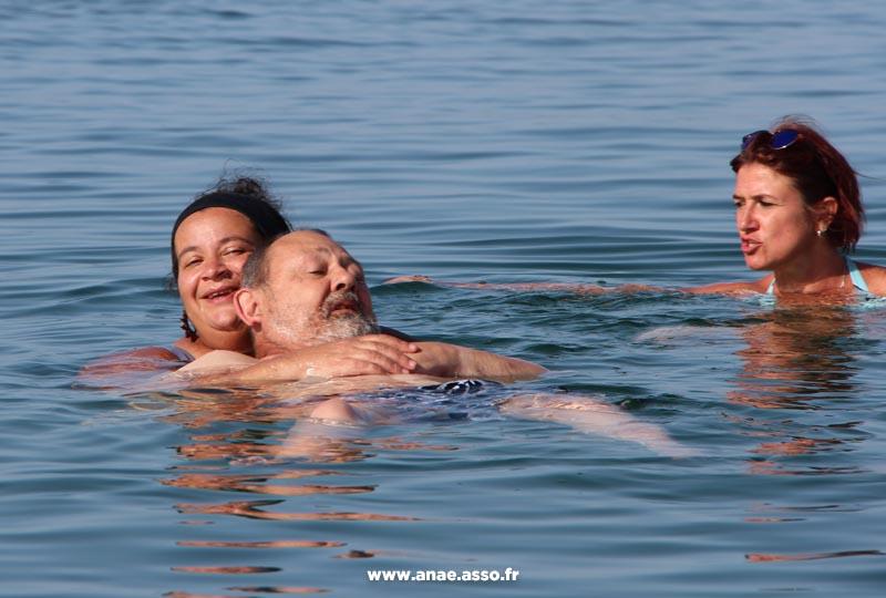 sejour-adapte-handicap-mer-baignade