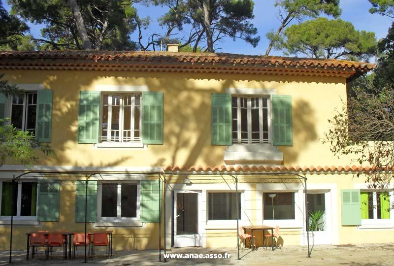 Le pavillon des Reinettes est une annexe indépendante de la Villa Costebelle