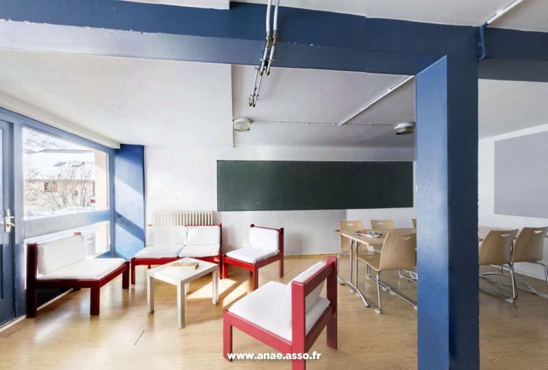 Salle de classe au chalet de l'Ornon à Saint-Sorlin d'Arves